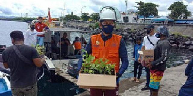 Terus Galakkan Manado Bakobong,  Walikota GSVL Sambangi Bunaken Kepulauan Bawah Bibit Rica dan Jagung