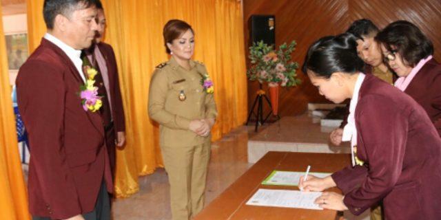 Wawali SAS Lantik PDP Perawat Nasional Kota Tomohon