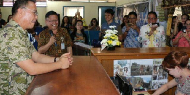 Walikota Eman Lounching Smart PDAM Kota Tomohon