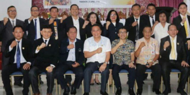 Walikota Eman Lantik LPM se-Kota Tomohon