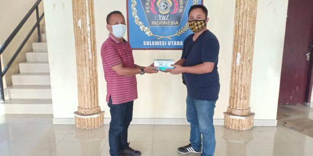 Wartawan Tomohon Terima Bantuan APD Dari PWI Pusat