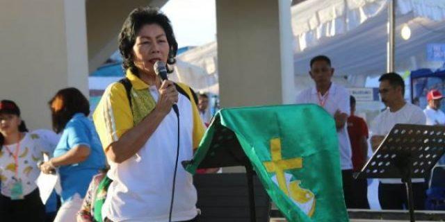 Assisten Caroles Buka Kegiatan Hut ke-24 Wilayah Tomohon Dua