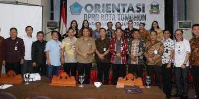 Orientasi Anggota DPRD Tomohon, Walikota Eman: Majukan Kota Tomohon