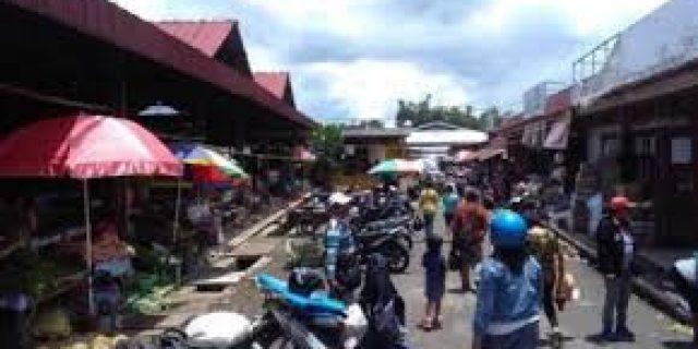 PD Pasar Tomohon Pastikan Pedagang Tidak Berjualan di Jalan