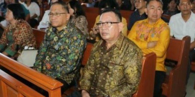 Paskah, Sekkot Tomohon Beribadah di GMIM Damai Lahendong