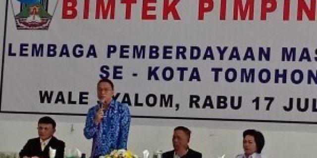 Walikota Eman Buka Bimtek LPM Tomohon