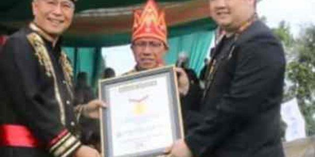 Rekor MURI, 1.530 Guru Tomohon Bawa Tarian Ma'zani