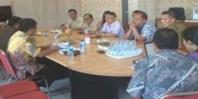 PD Pasar Tomohon dan Komisi II DPRD Gelar RDP