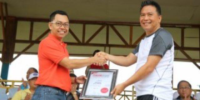 Walikota Tomohon Terima Penghargaan Implementasi Smart City Nusantara